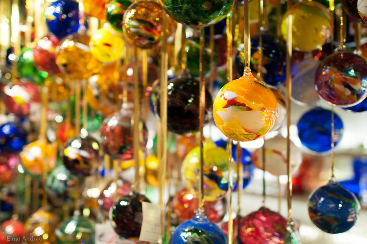 Weihnachtsmarkt Glaskugeln